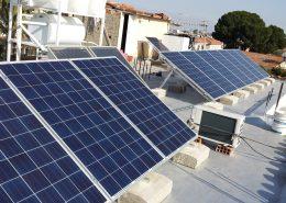 Εγκατάσταση NET-METERING σε επίπεδη οροφή στην Πάνω Δευτερά